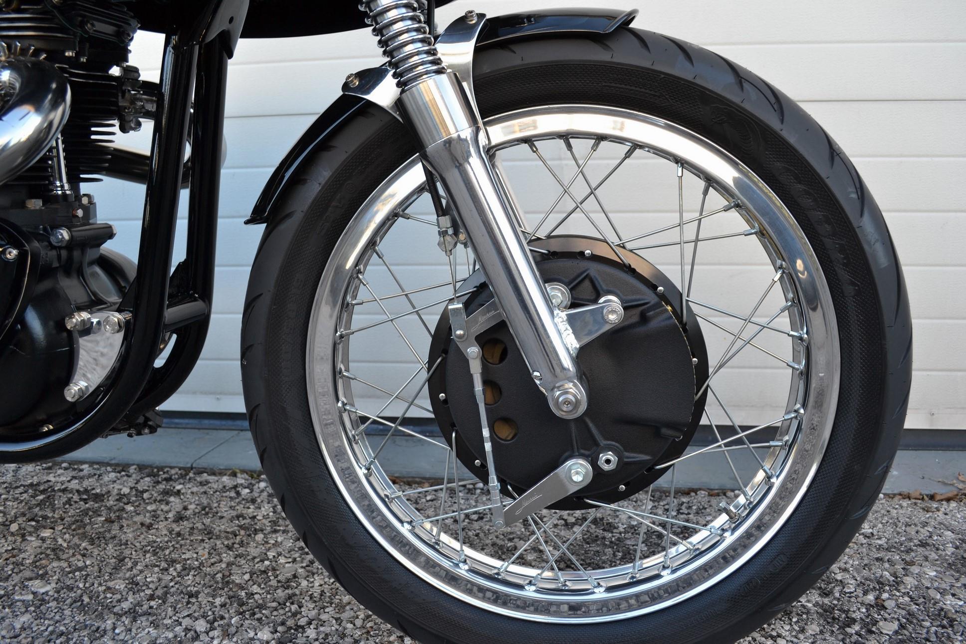 Triton CR650 Special by Stile Italiano
