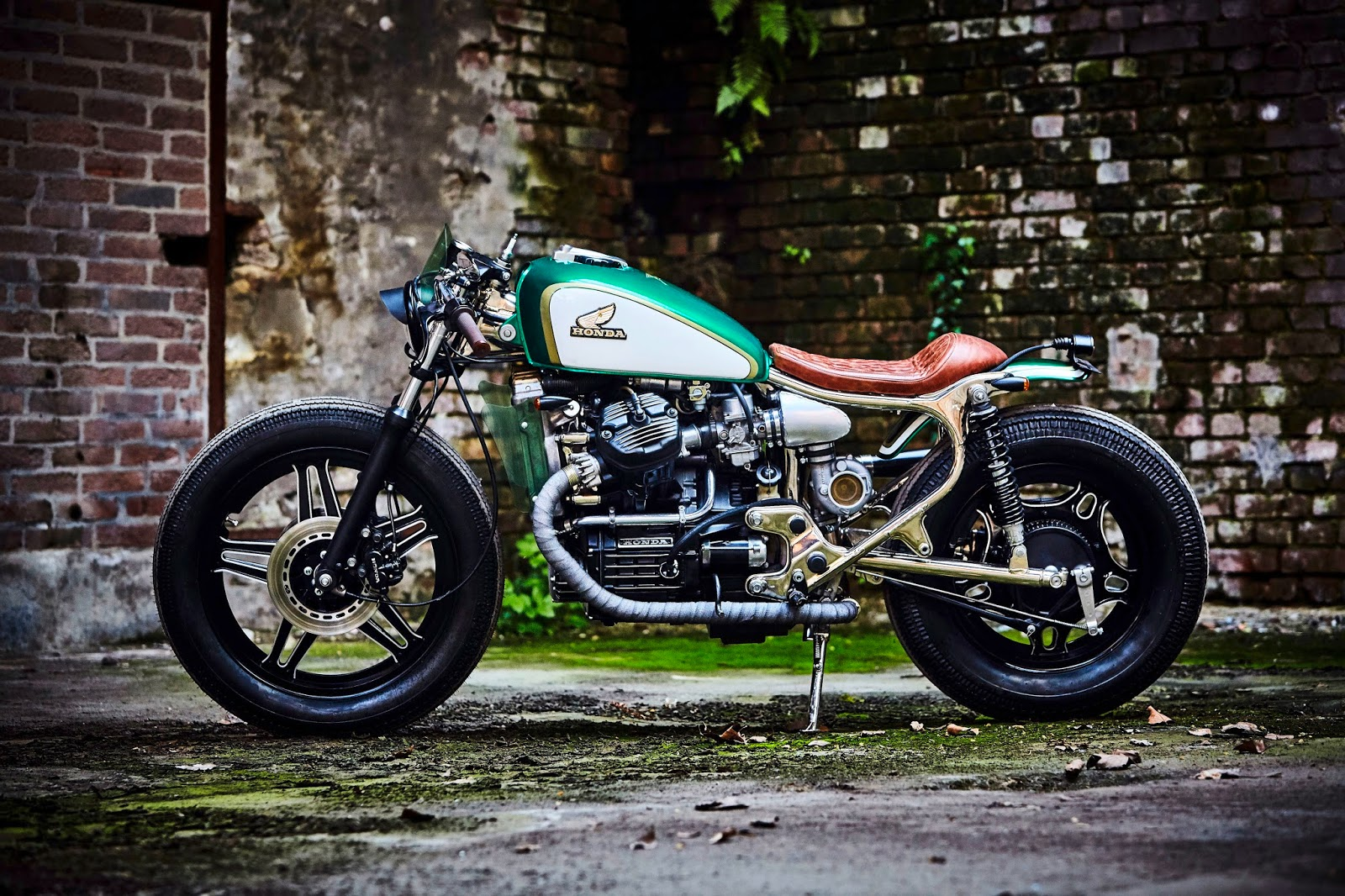 Honda Cx 500 Cafe Racer Von Kingston moreover Honda Cx500 Caferacer Achtig Project 2 further Cafe Racer likewise Expresso Turbo Honda Cx500 Cafe Racer Kingston Customs as well Honda Cx500 Cafe Racer Usata. on honda cx500 cafe racer by kingston custom