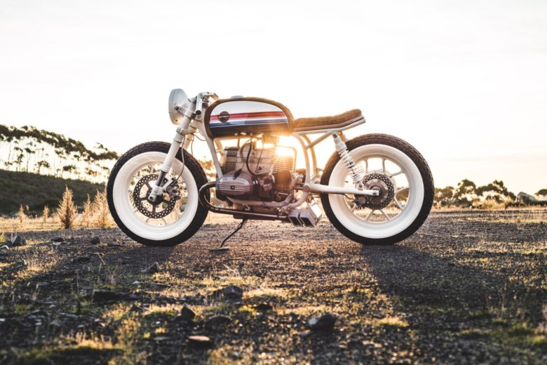 BMW R80 'Skyway' Boardracer by Hutchbilt