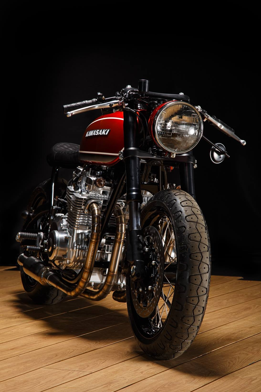 "Kawasaki KZ1000 ""Red Booster"" from Krakenhead Customs"