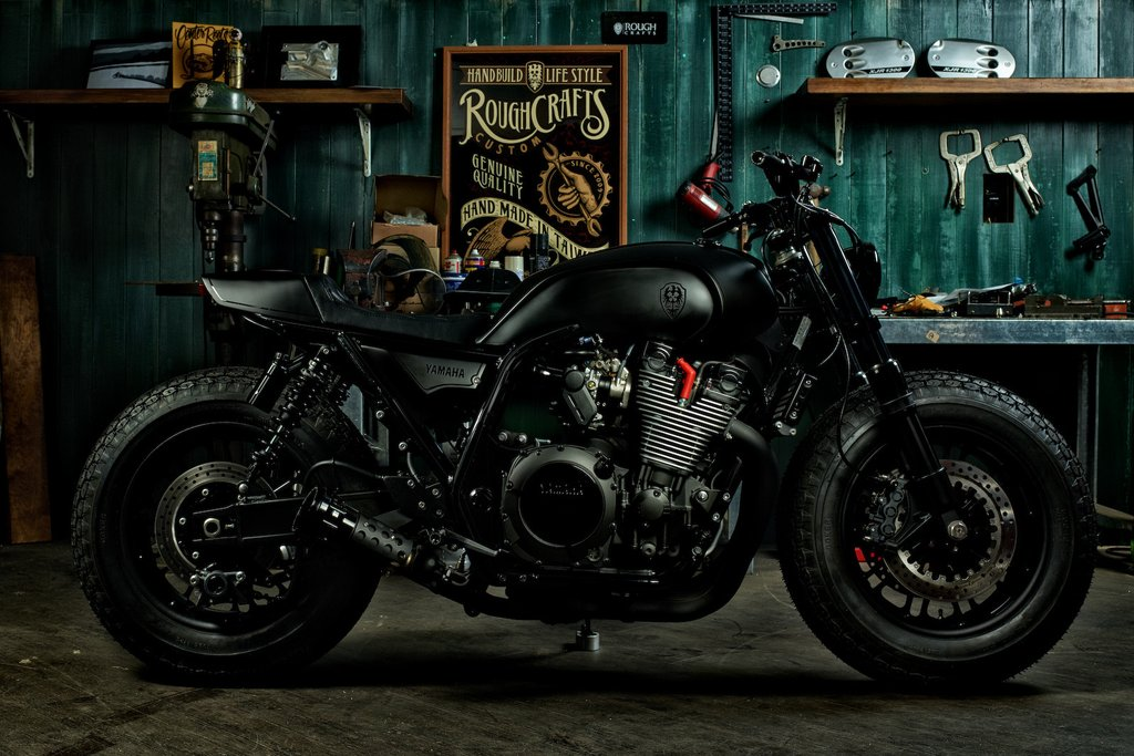 XJR 1300 Guerilla Four by Rough Crafts