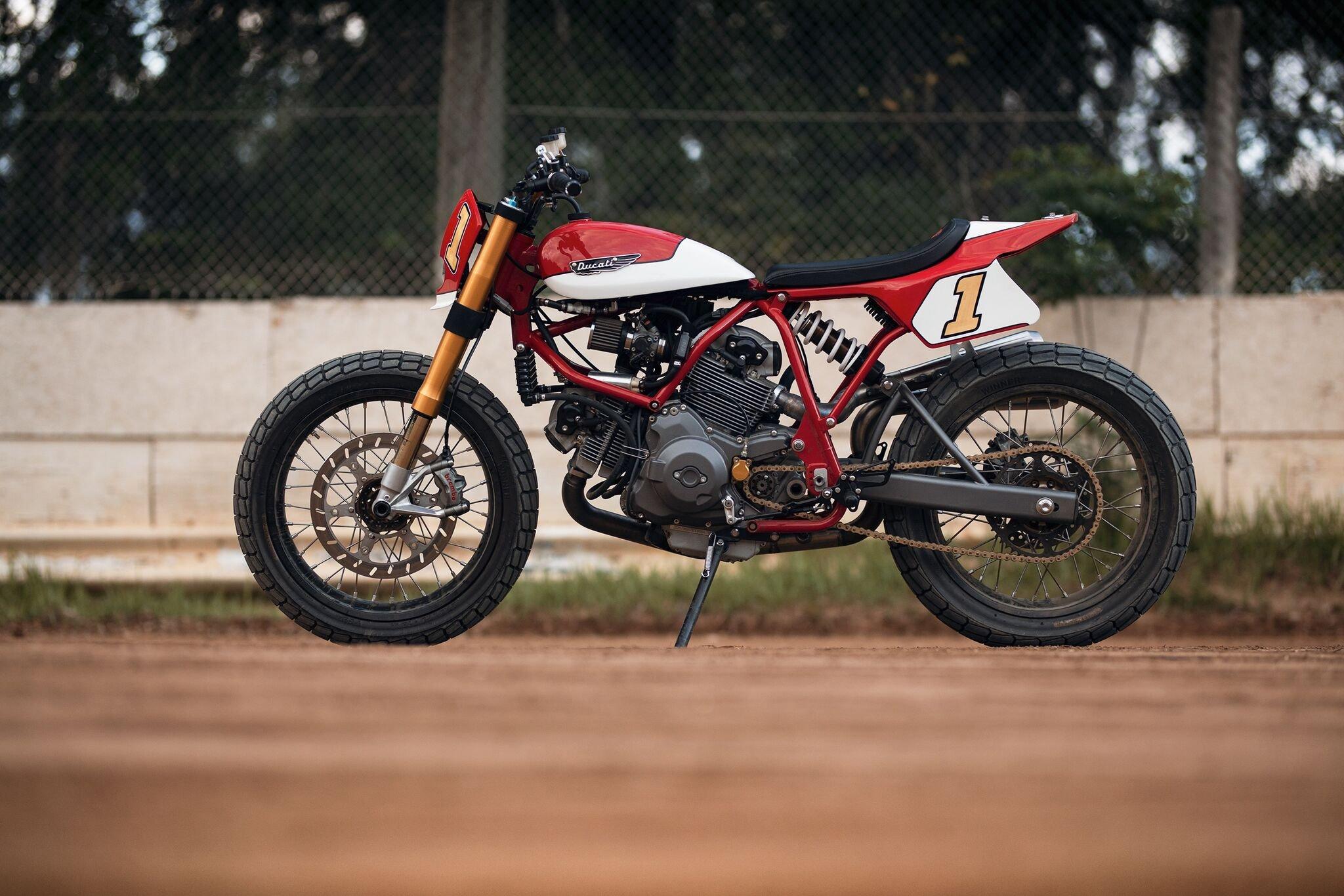 Moto Dirt Track Cafe Racer
