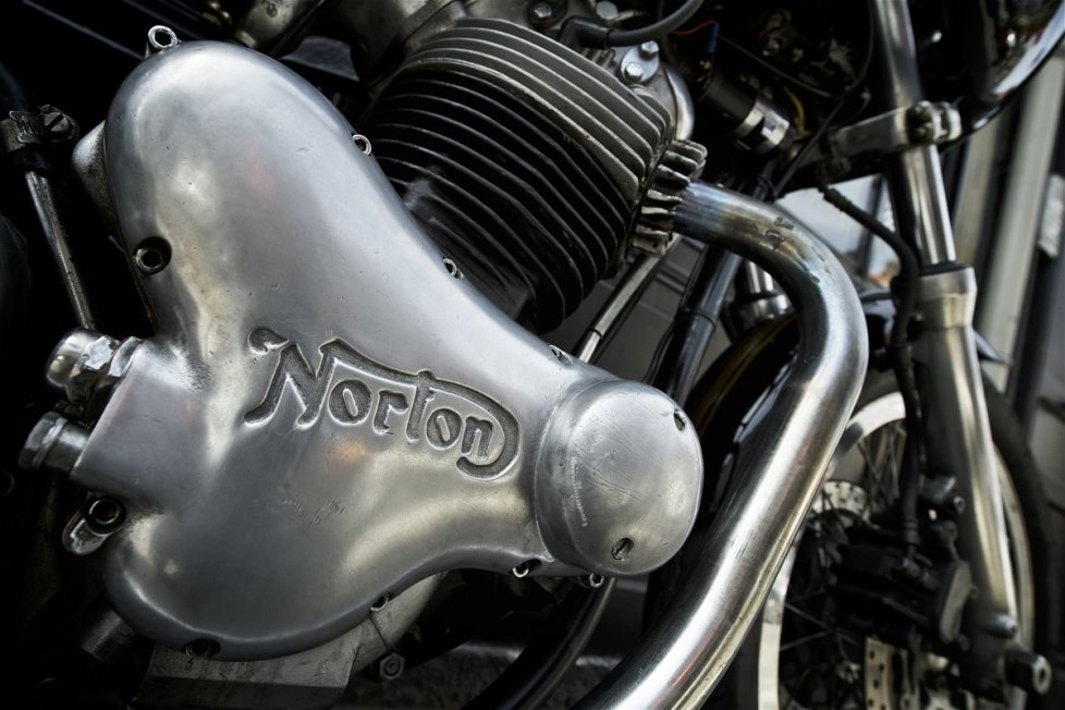 Norton Commando MK3 850CC Racer from Legend Motors