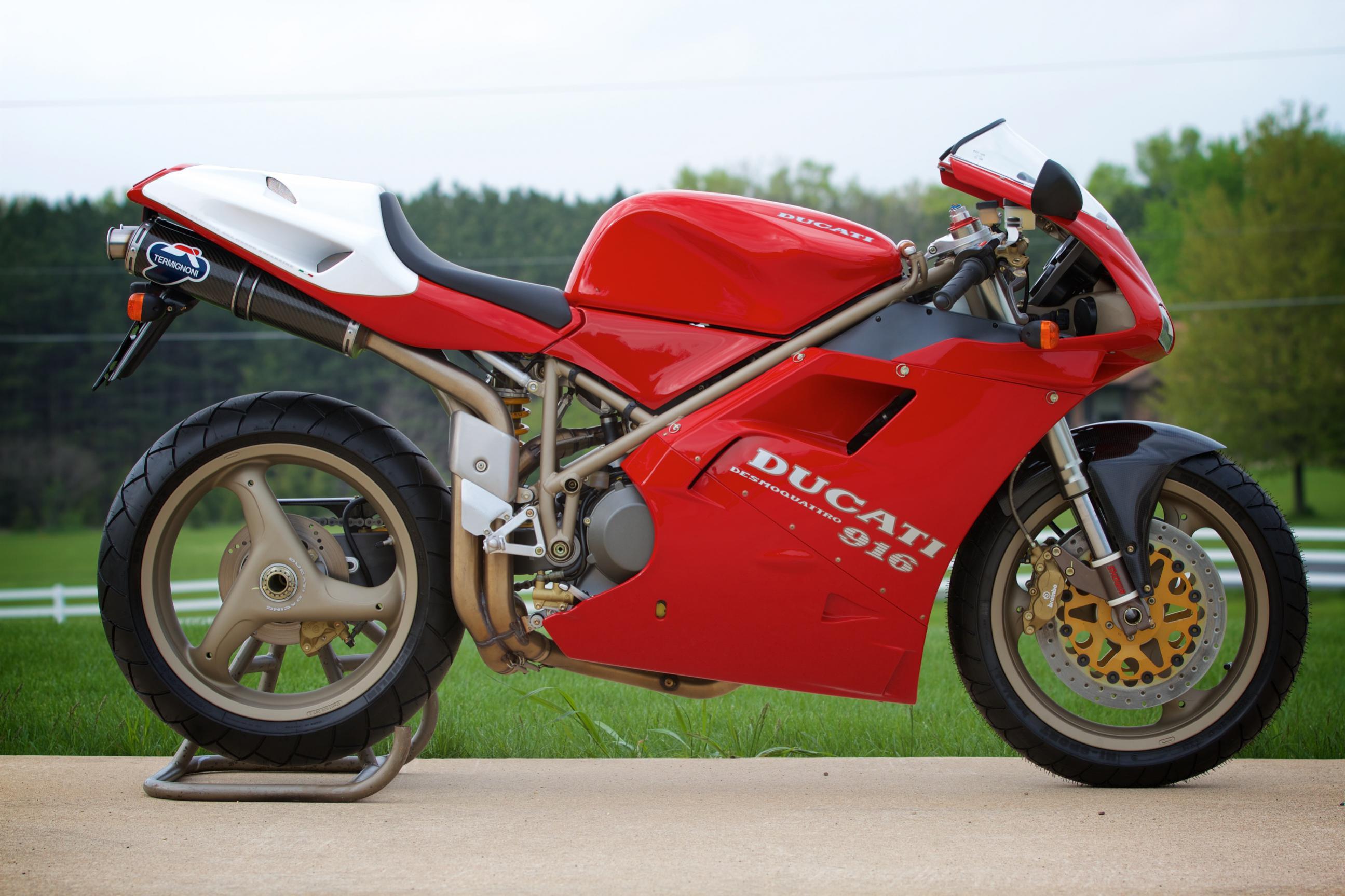 Ducati 916 SPA (955 SP)