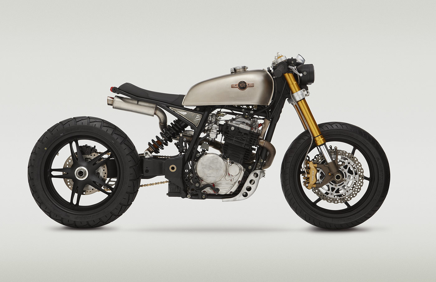 "XL600R ""KT600"" by Classified Moto"