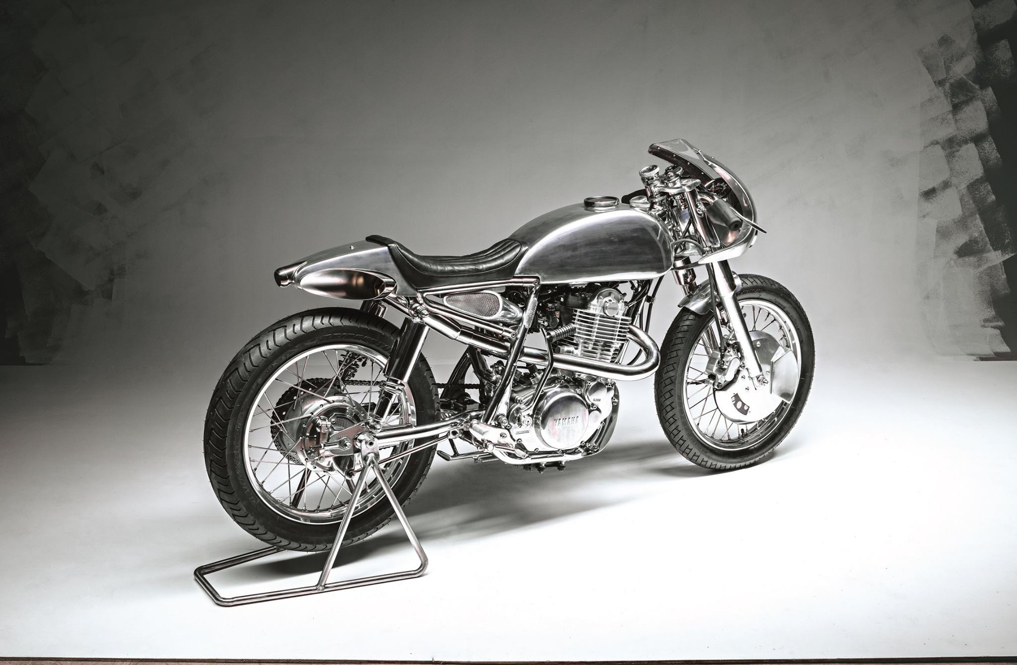 Yamaha SR400 Lane Splitter 54 by BCR Designs