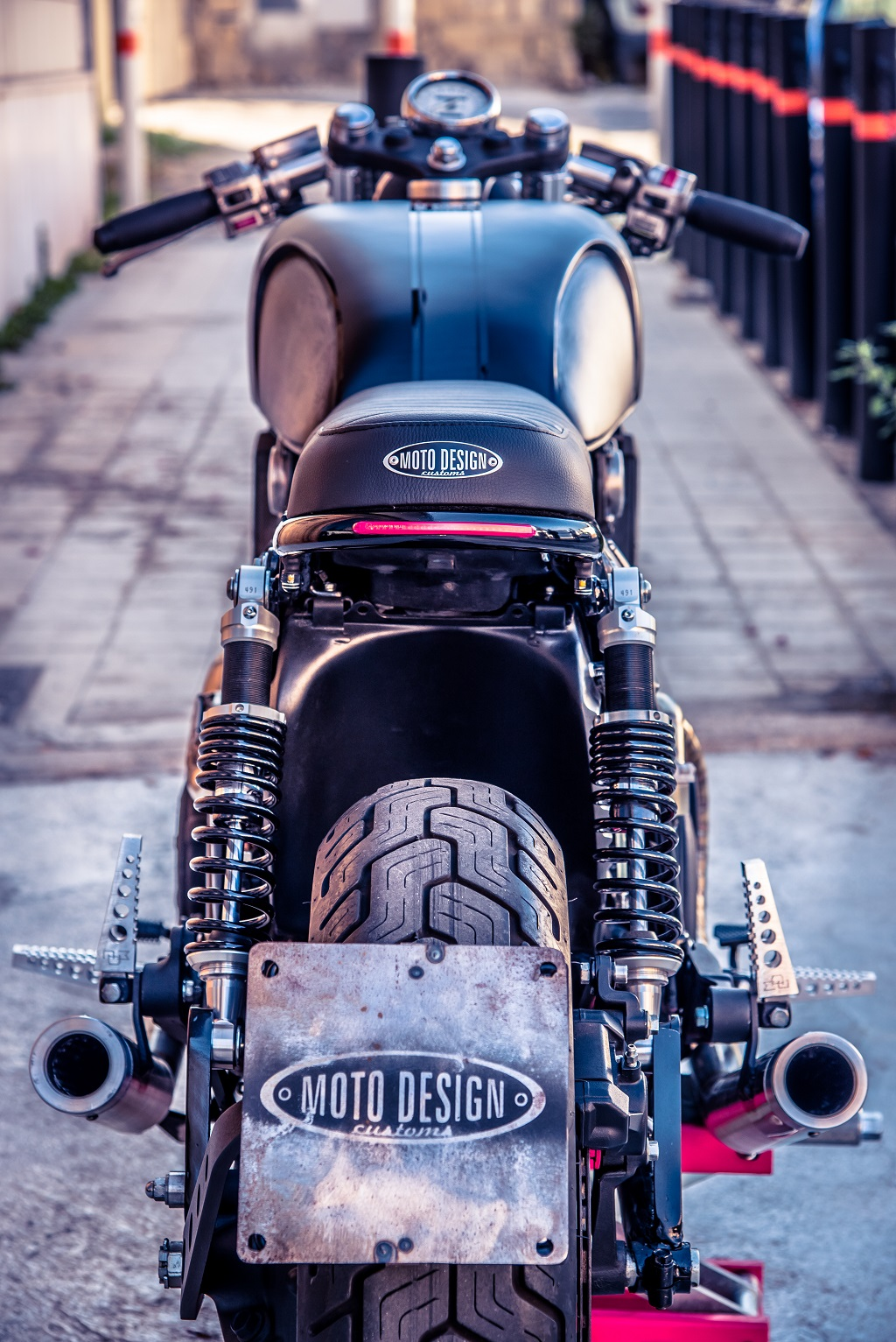 Yamaha VMax 1200 Street Racer by Moto Design Customs