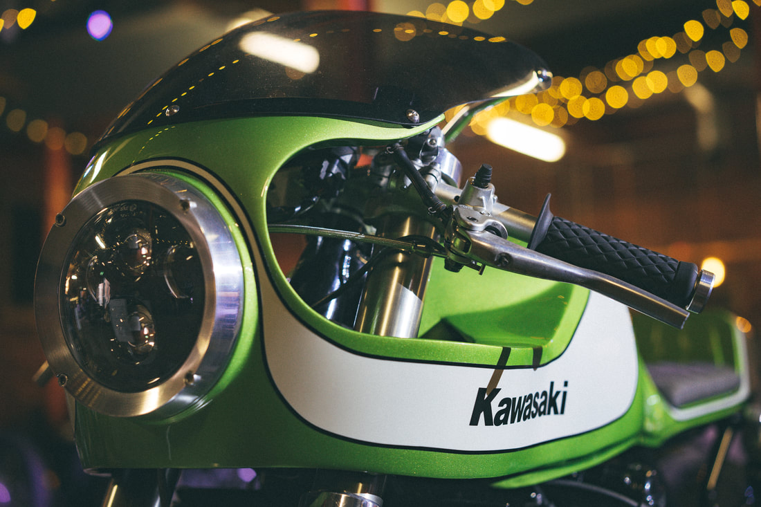Kawasaki Zephyr 750 by November Customs
