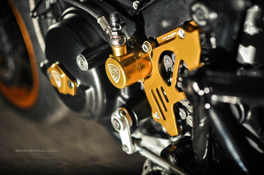"""Ducati Sport Classic """"La Rage"""" by FCR Original"""