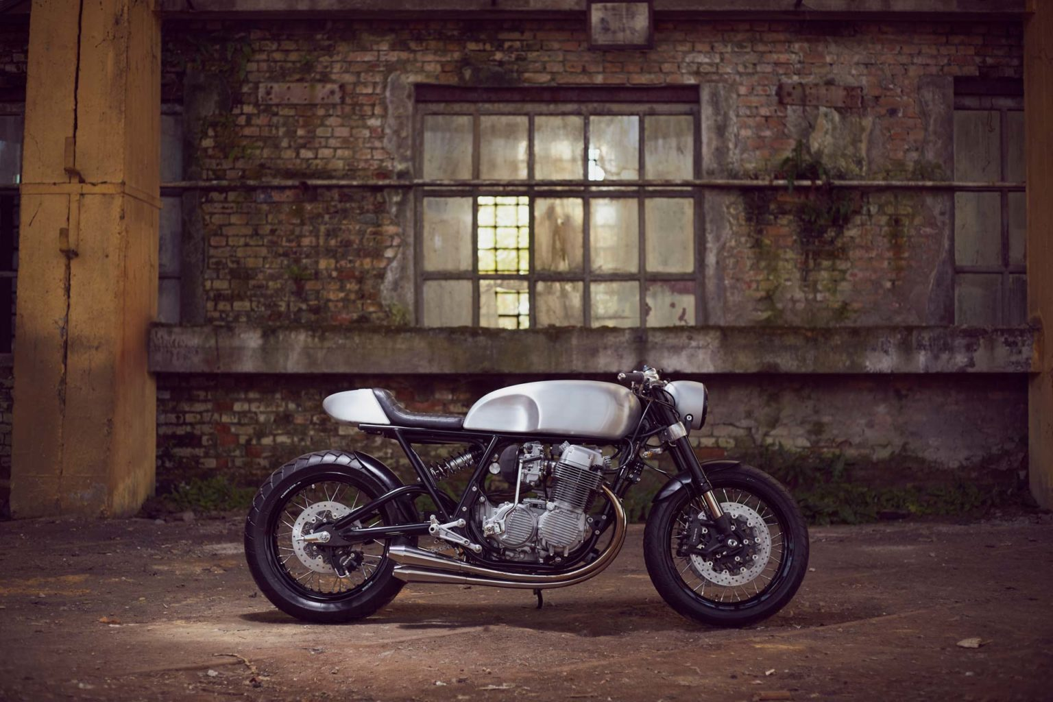 Honda CB750 by MessnerMoto