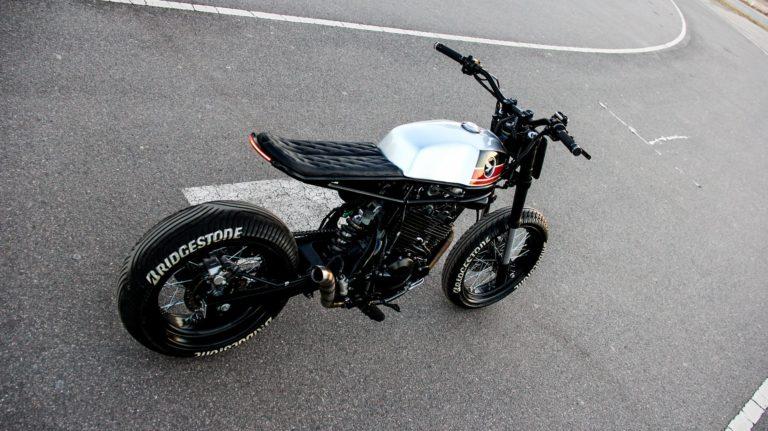 Honda NX400 Super Cobra by Lucky Custom | Bicicletas, Motos
