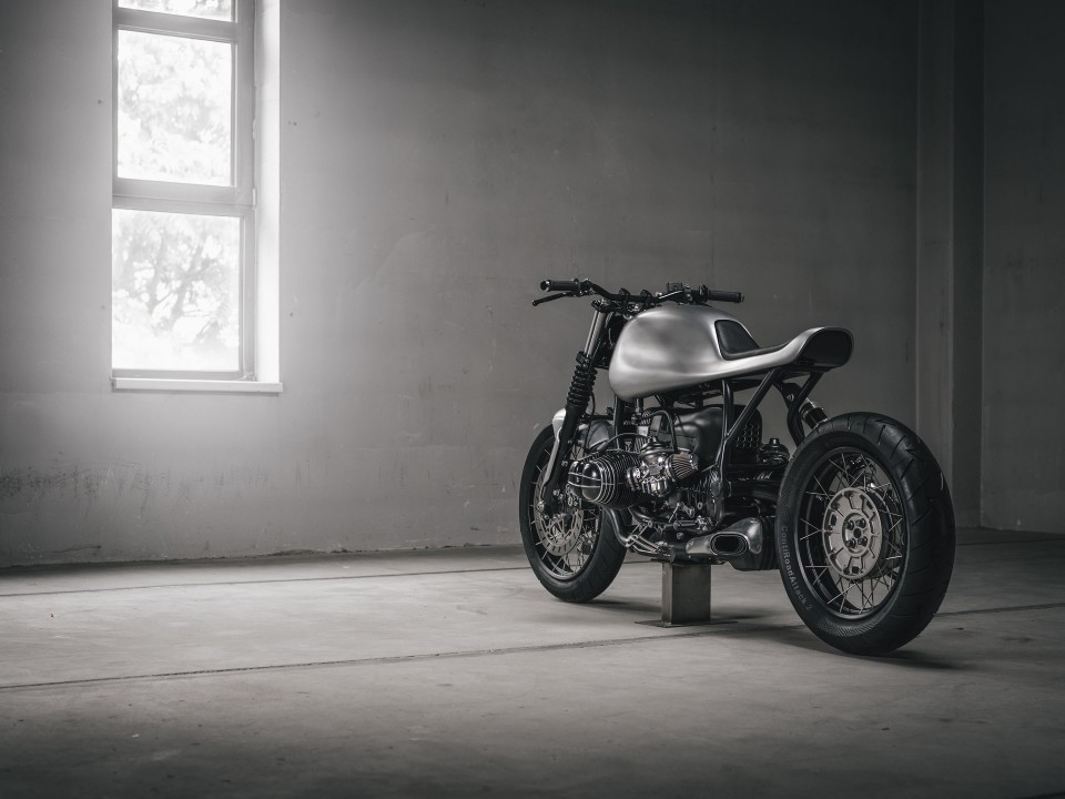 "BMW R100R V07 ""the whale"" by Vagabund Moto"