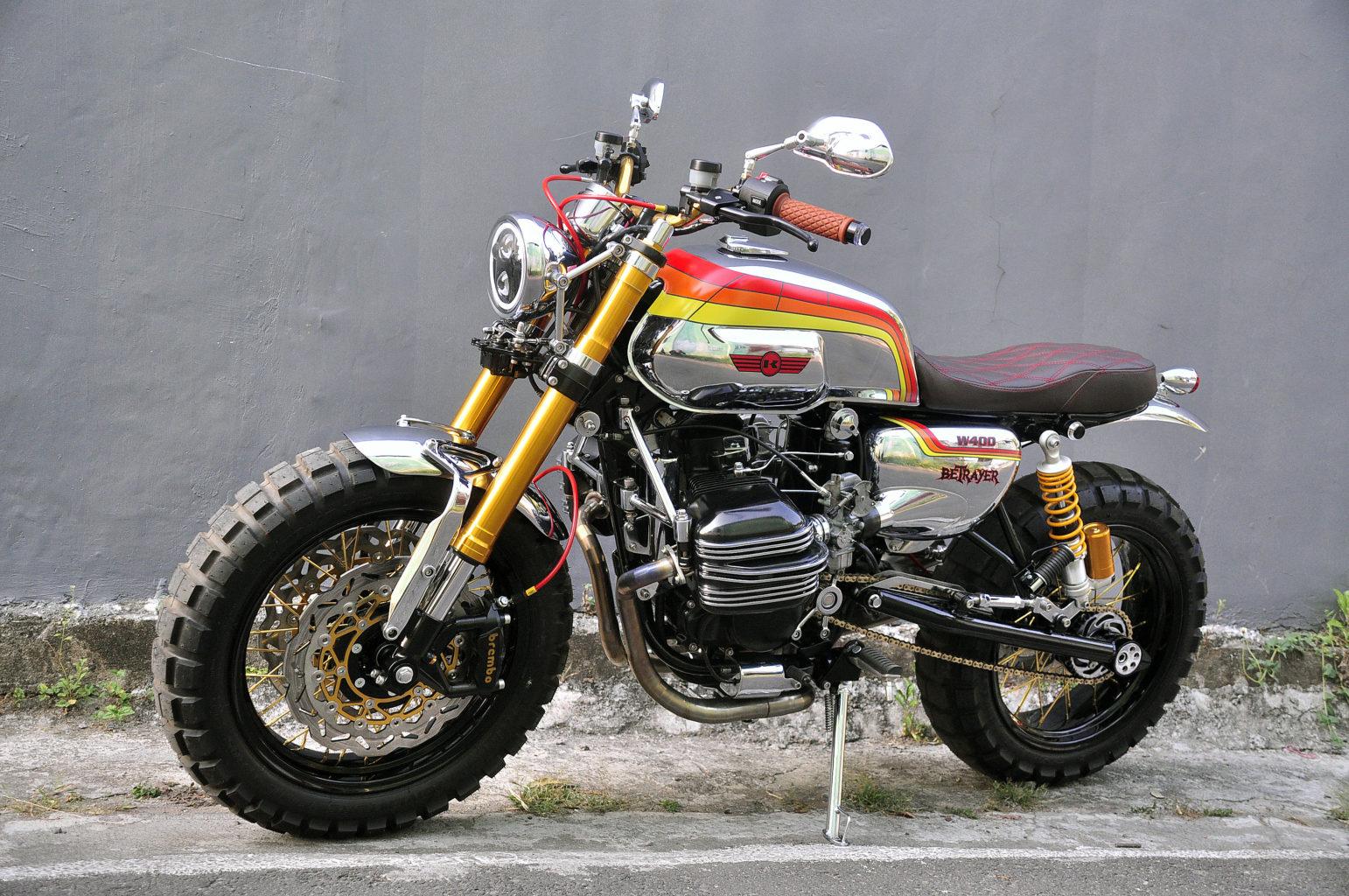 "Kawasaki W400 ""Betrayer"" by Pap N Mam"