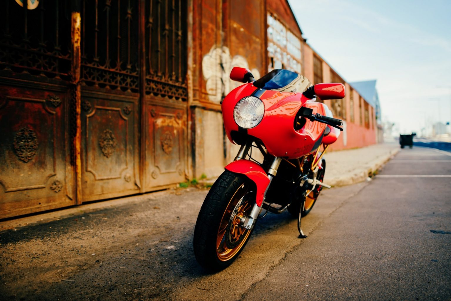 "Ducati 750SS ""Tribute"" by Unik Edition"