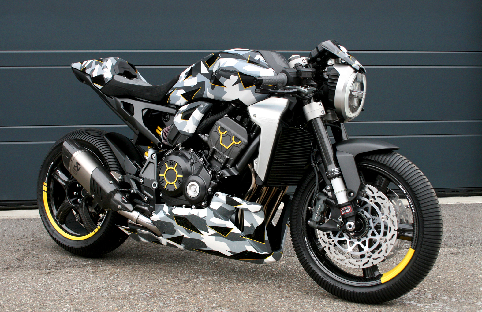Honda CB1000R-adical by Gannet Design