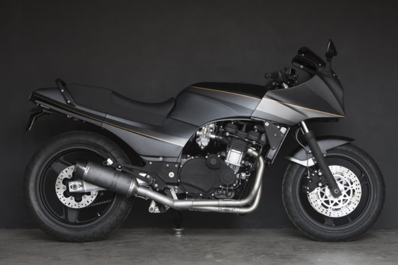"Kawasaki GPZ900R ""Monkee #83"" by WrenchMonkees"